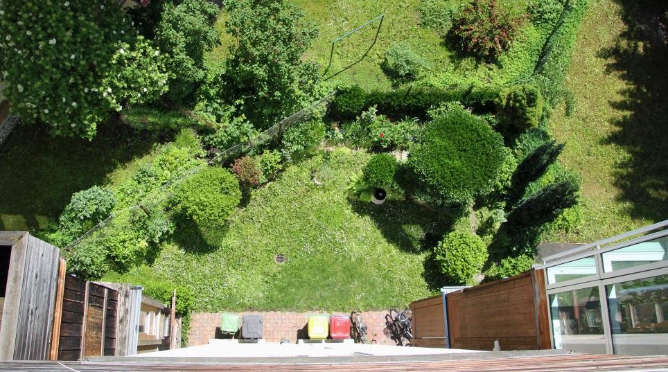 Blick Garten vom Penthaus
